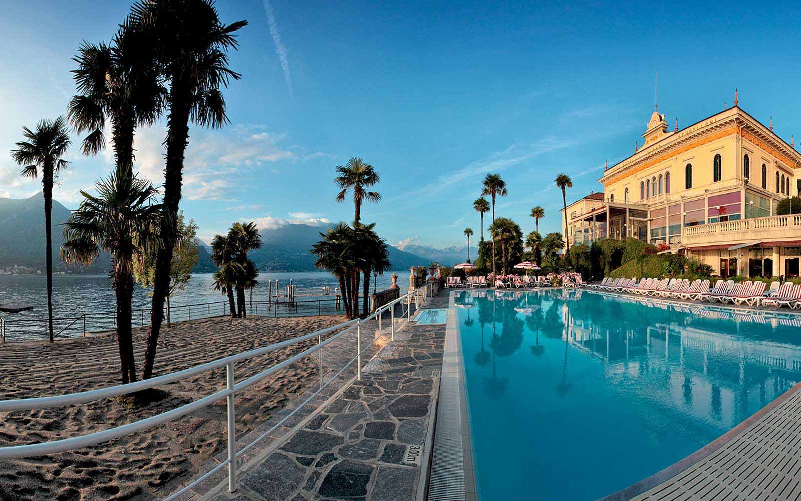 Swimming pool at Grand Hotel Villa Serbelloni