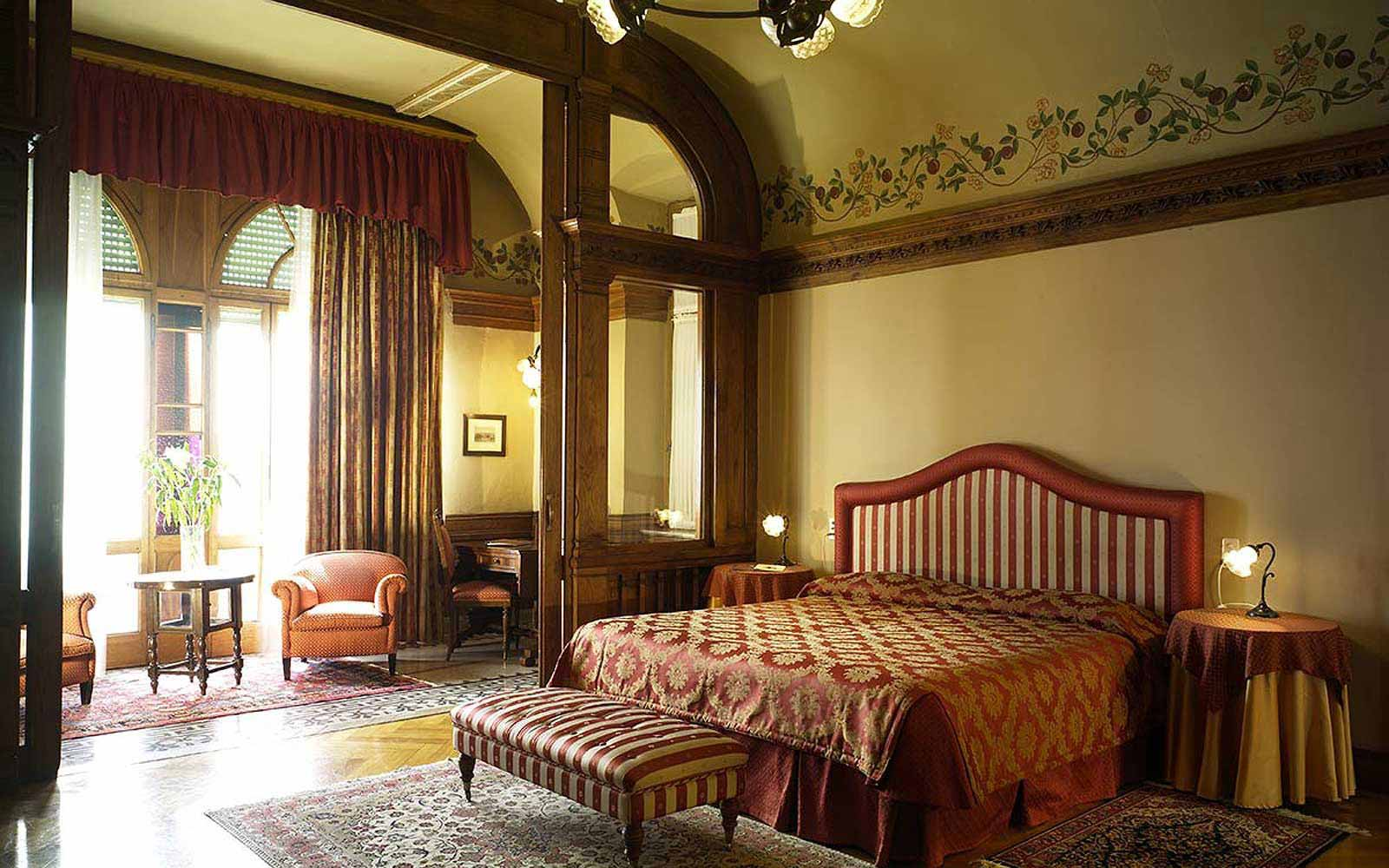 Heydweiller suite at Hotel Villa Del Sogno