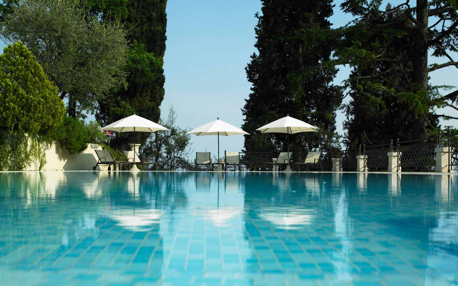 Swimming pool at Hotel Villa Del Sogno