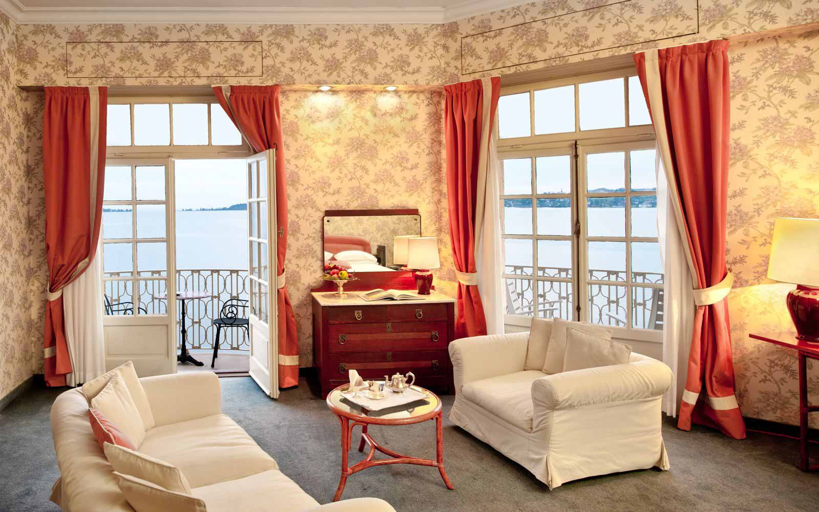 Junior suite at Grand Hotel Gardone