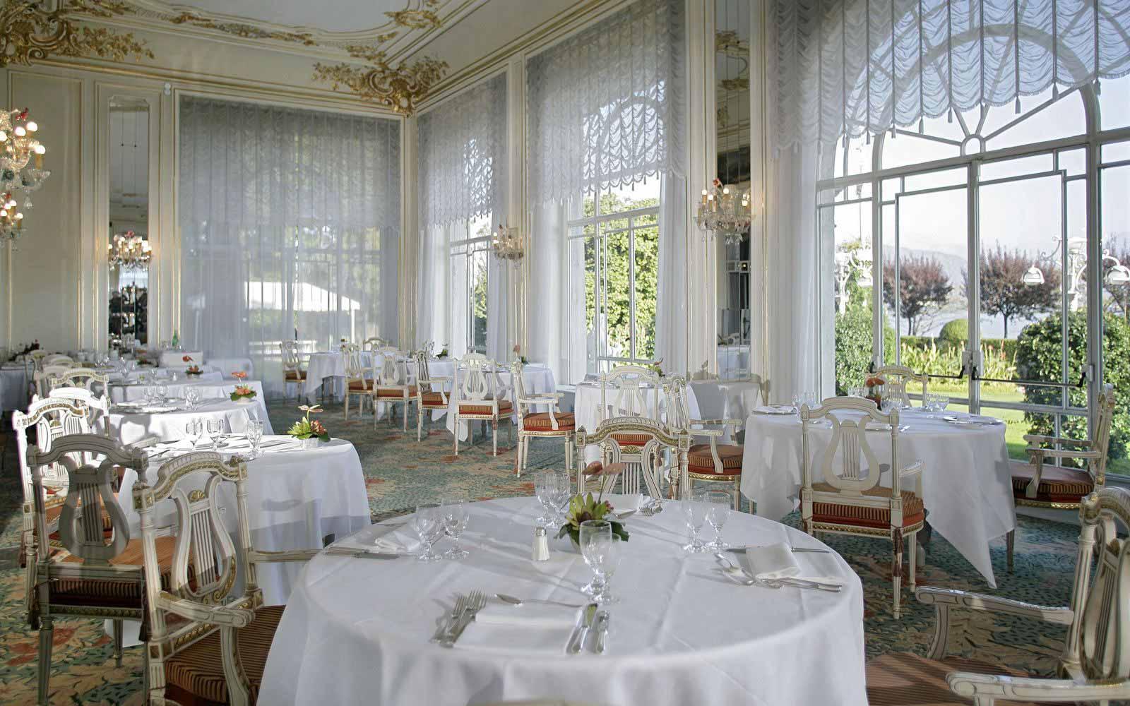 Restaurant at Grand Hotel Des Iles Borromees