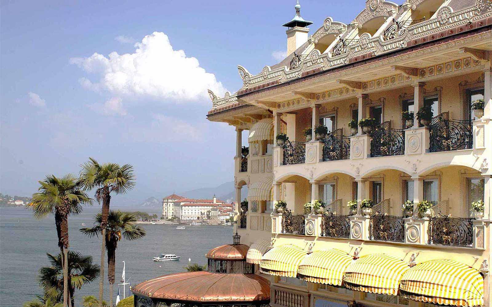 villa e palazzo aminta lake maggiore lakes italy villa