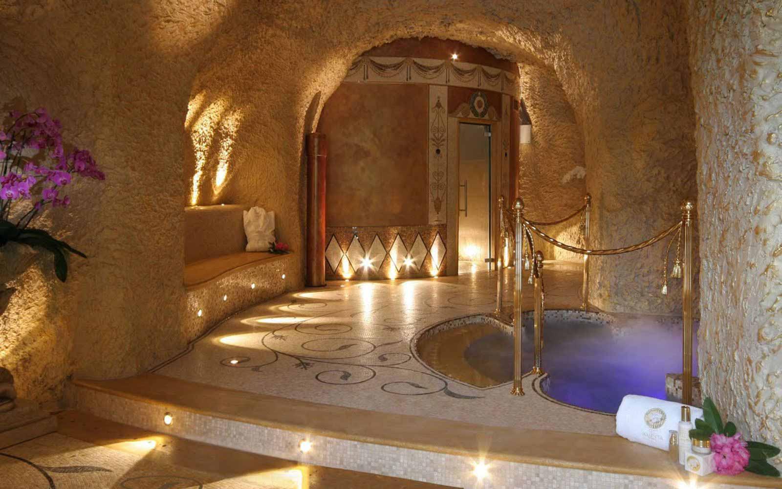 The spa at Villa e Palazzo Aminta