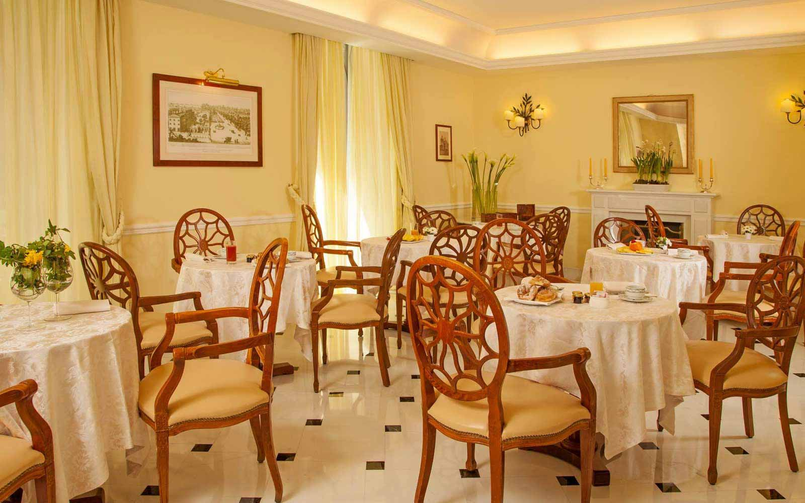Dinning room at Hotel Ludovisi Palace
