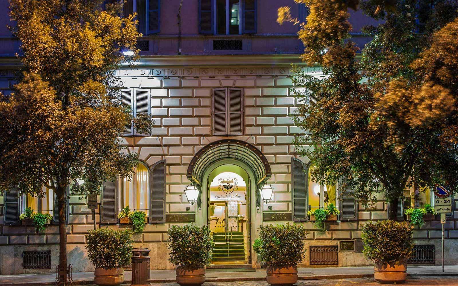 Main entrance at Hotel Ludovisi Palace