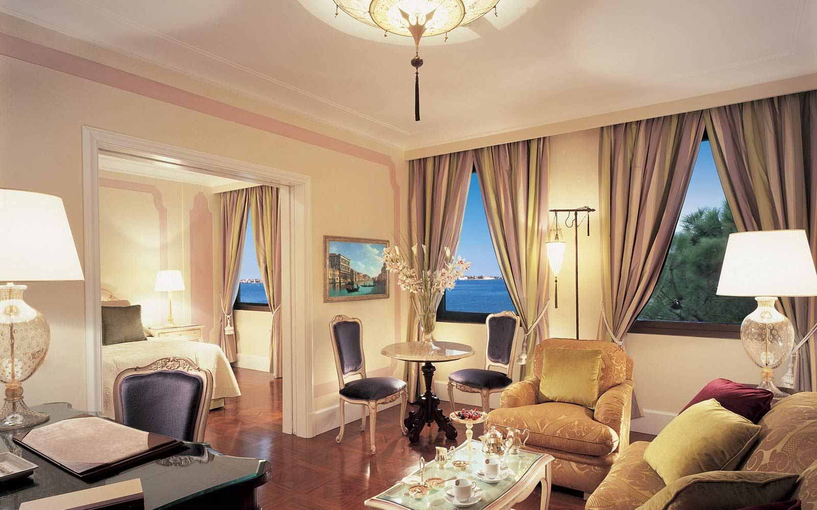 Suite at Belmond Hotel Cipriani