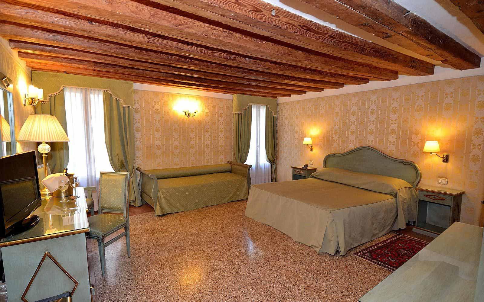 La Corte junior suite at Hotel Locanda La Corte