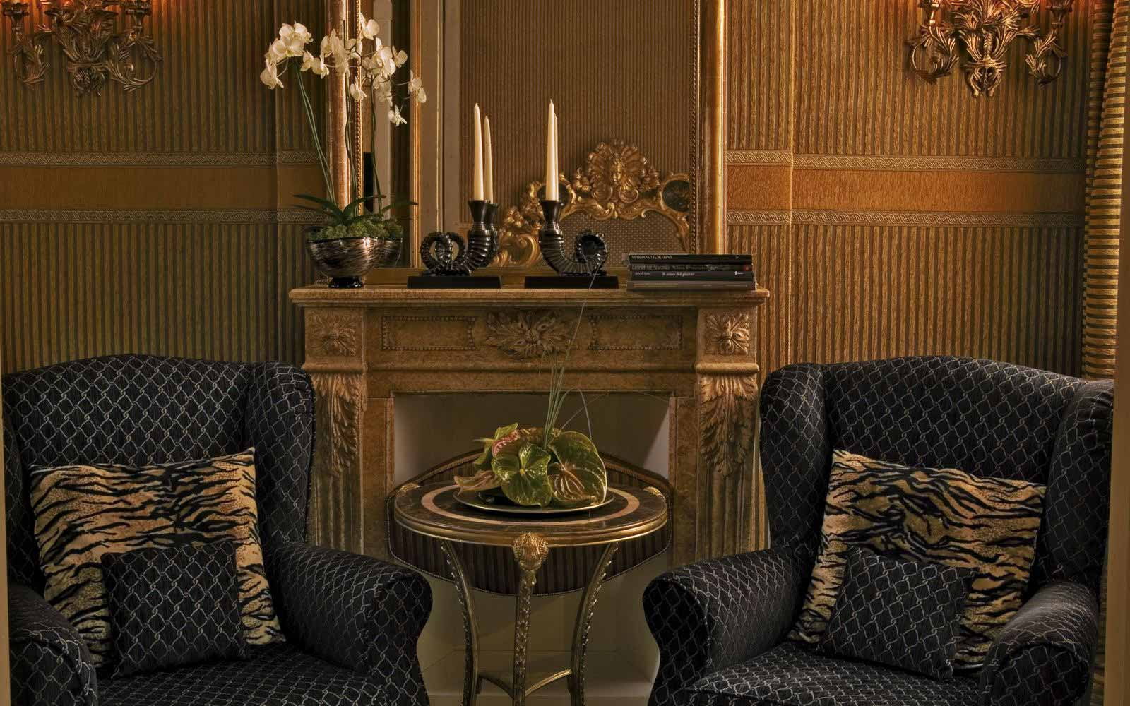 Exclusive suite sitting area at Hotel Metropole