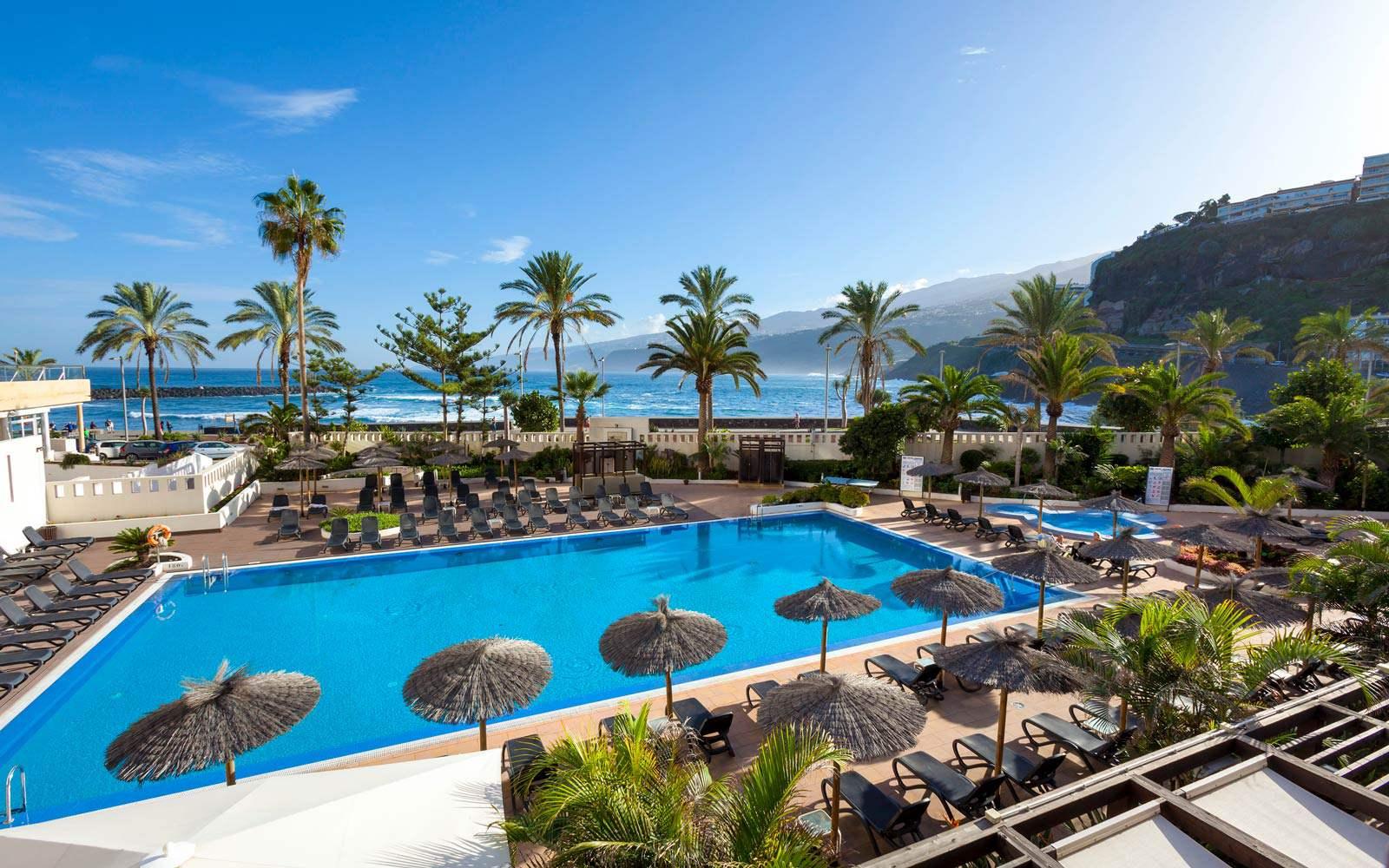 Sol Costa Atlantis Pool