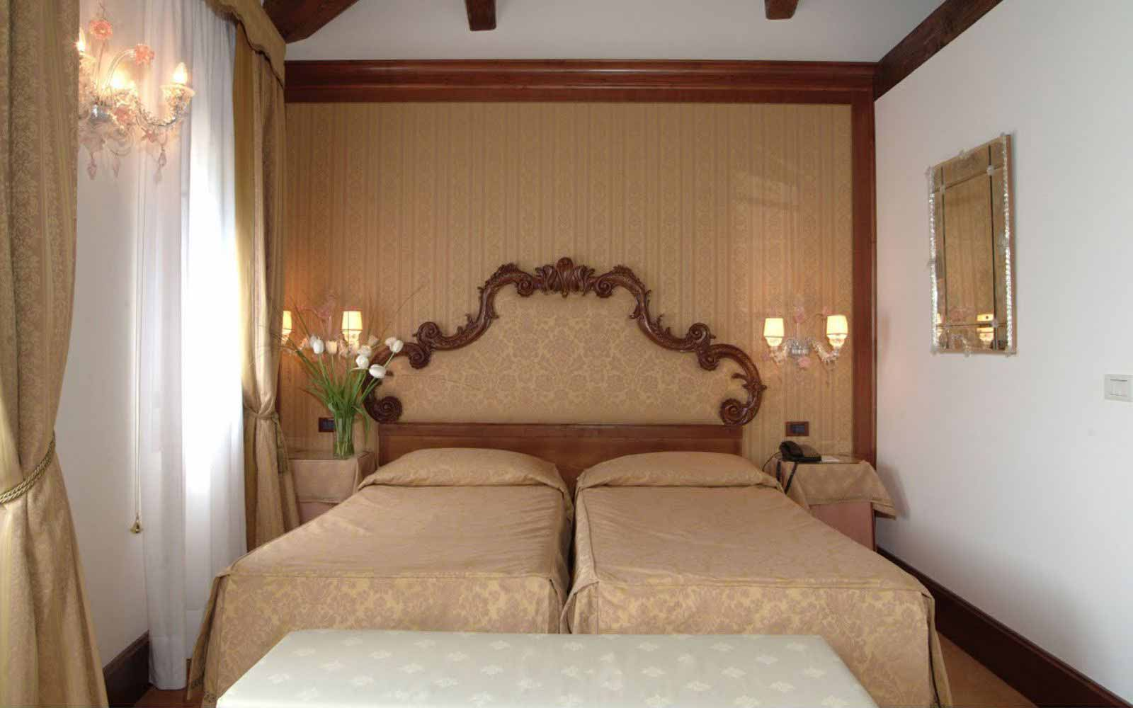 Twin room at Monaco & Grand Canal
