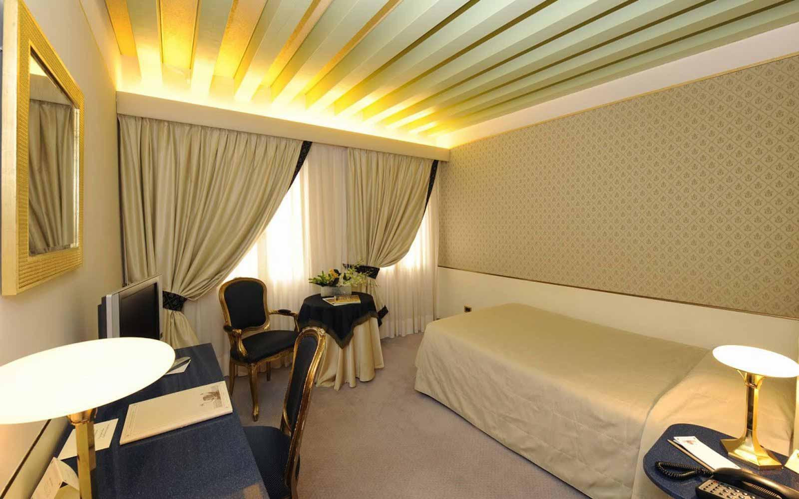 Single room at Monaco & Grand Canal