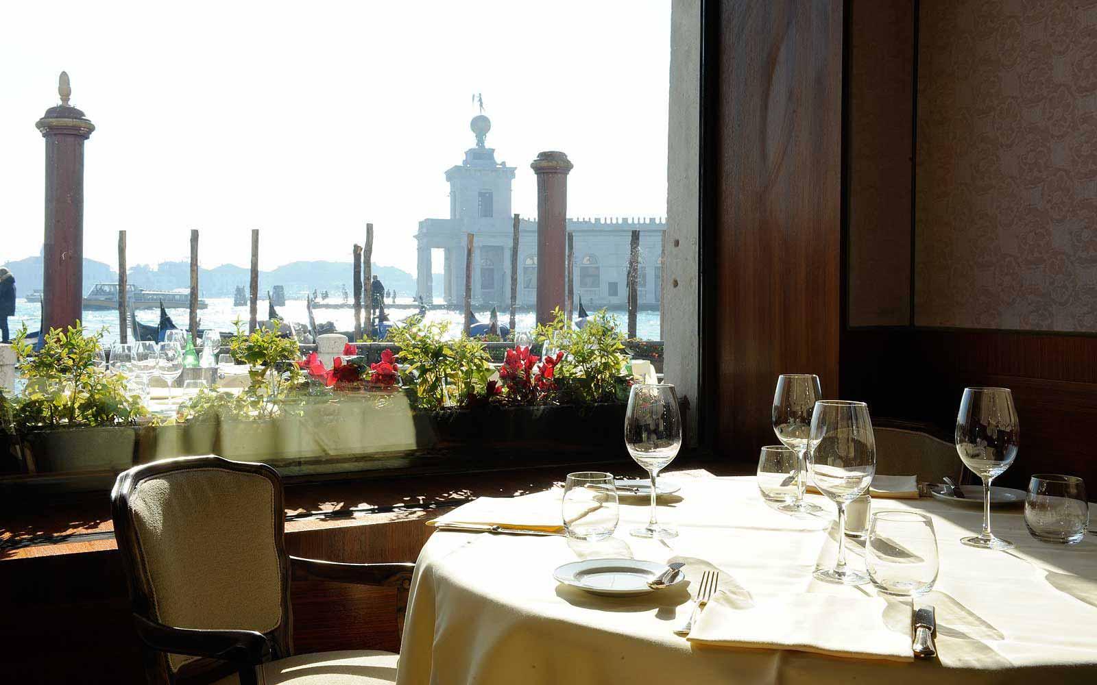Restaurant at Monaco & Grand Canal