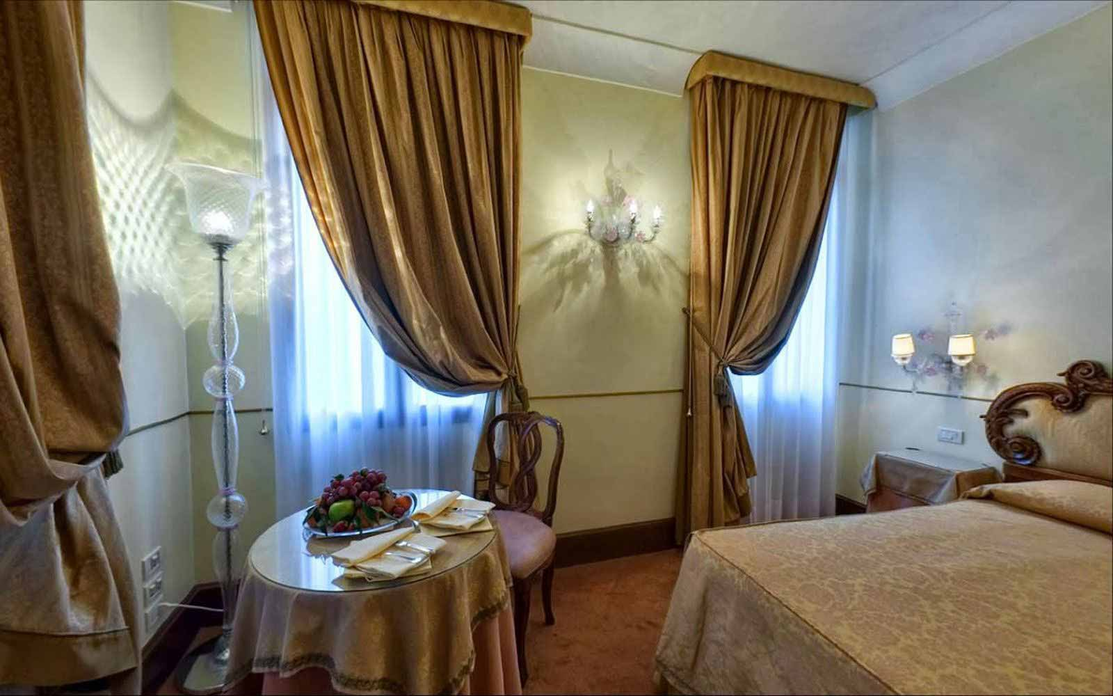 Junior suite at Monaco & Grand Canal