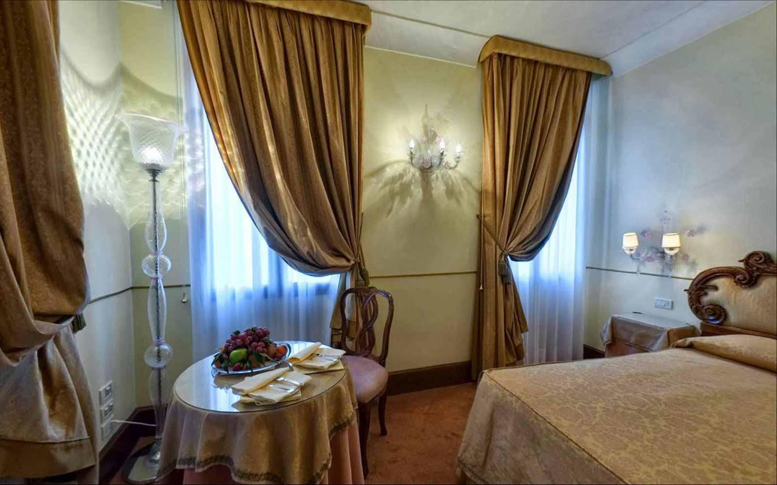 Junior suite at Monaco & Grand Canal