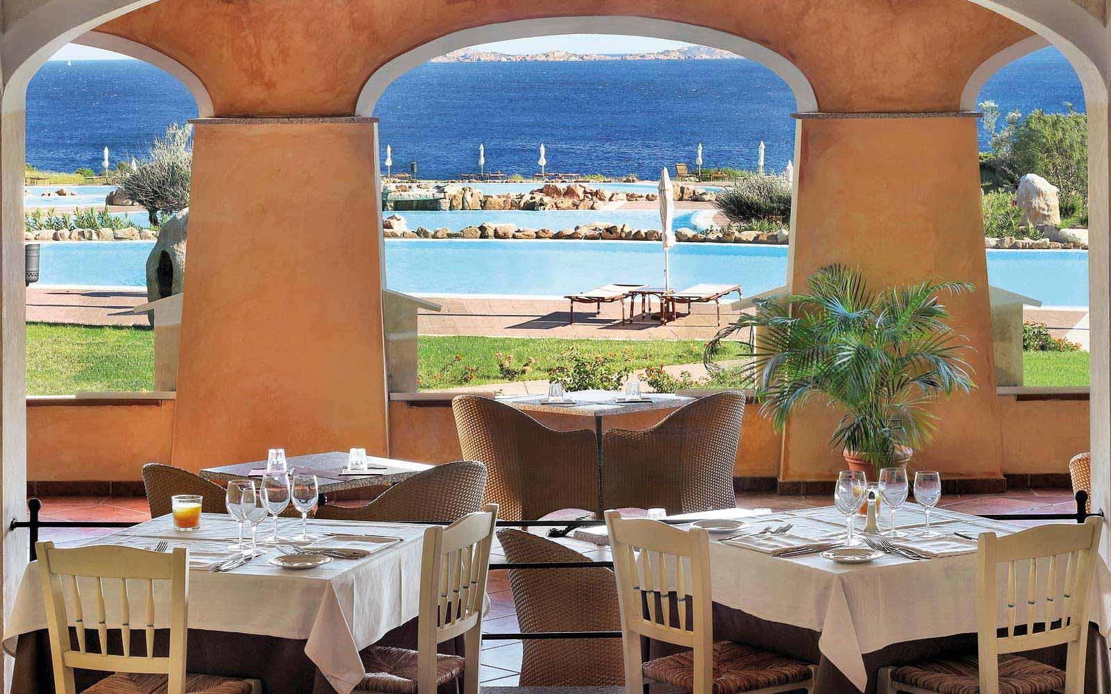 Restaurant Pagoda at Colonna Resort