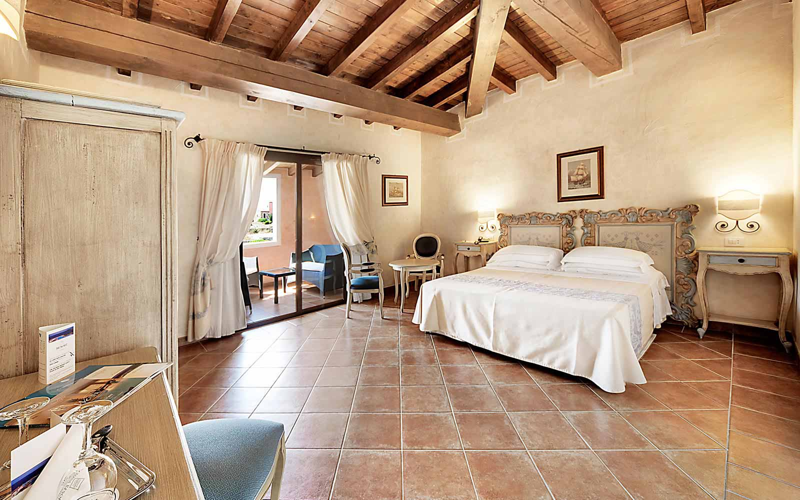 Deluxe room at Colonna Resort