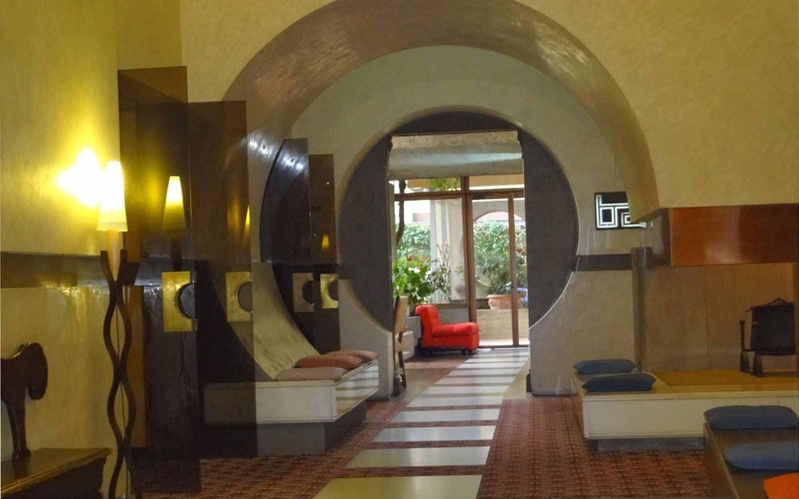 Hall at Hotel Croce di Malta