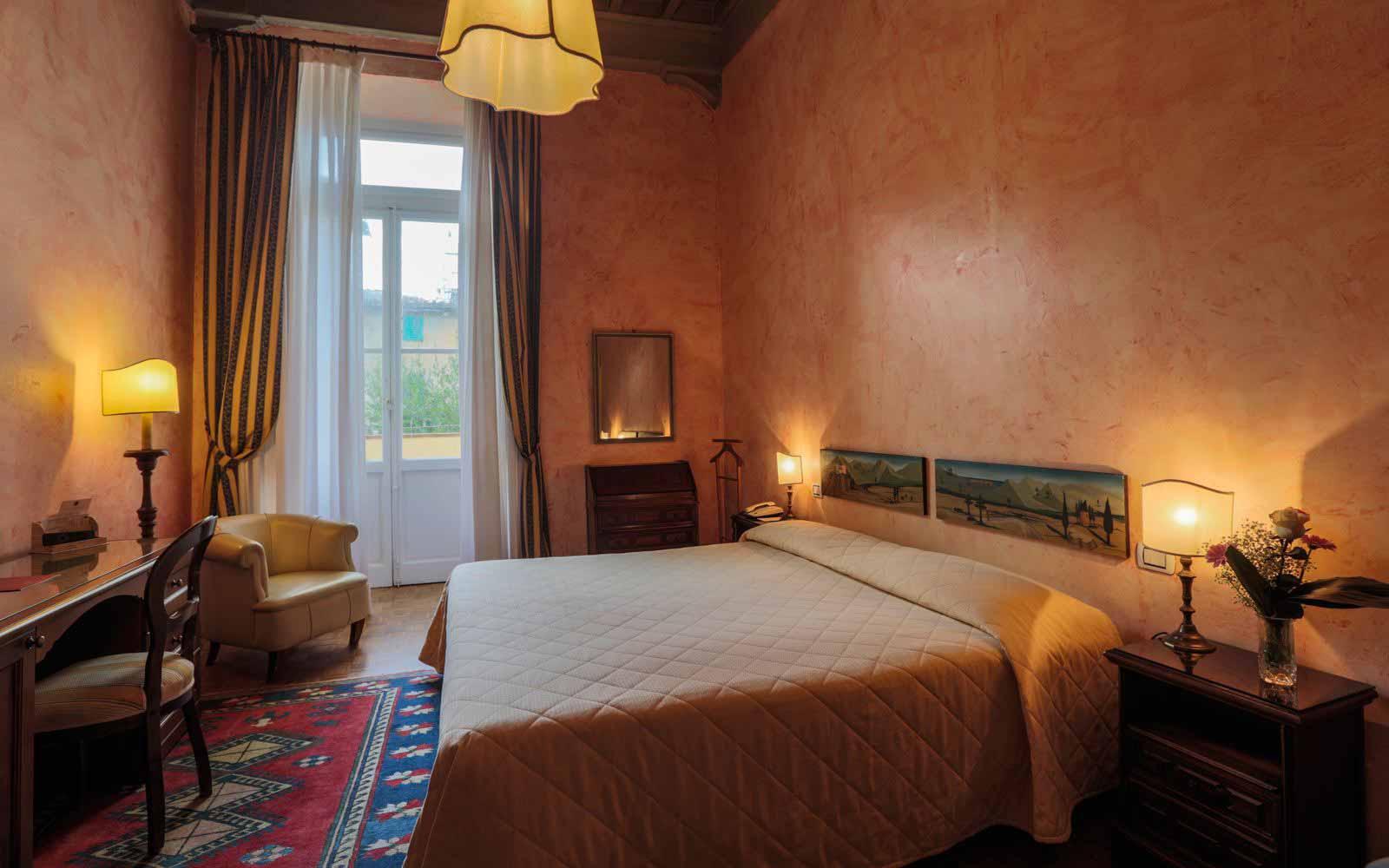 Standard room at Hotel Croce di Malta