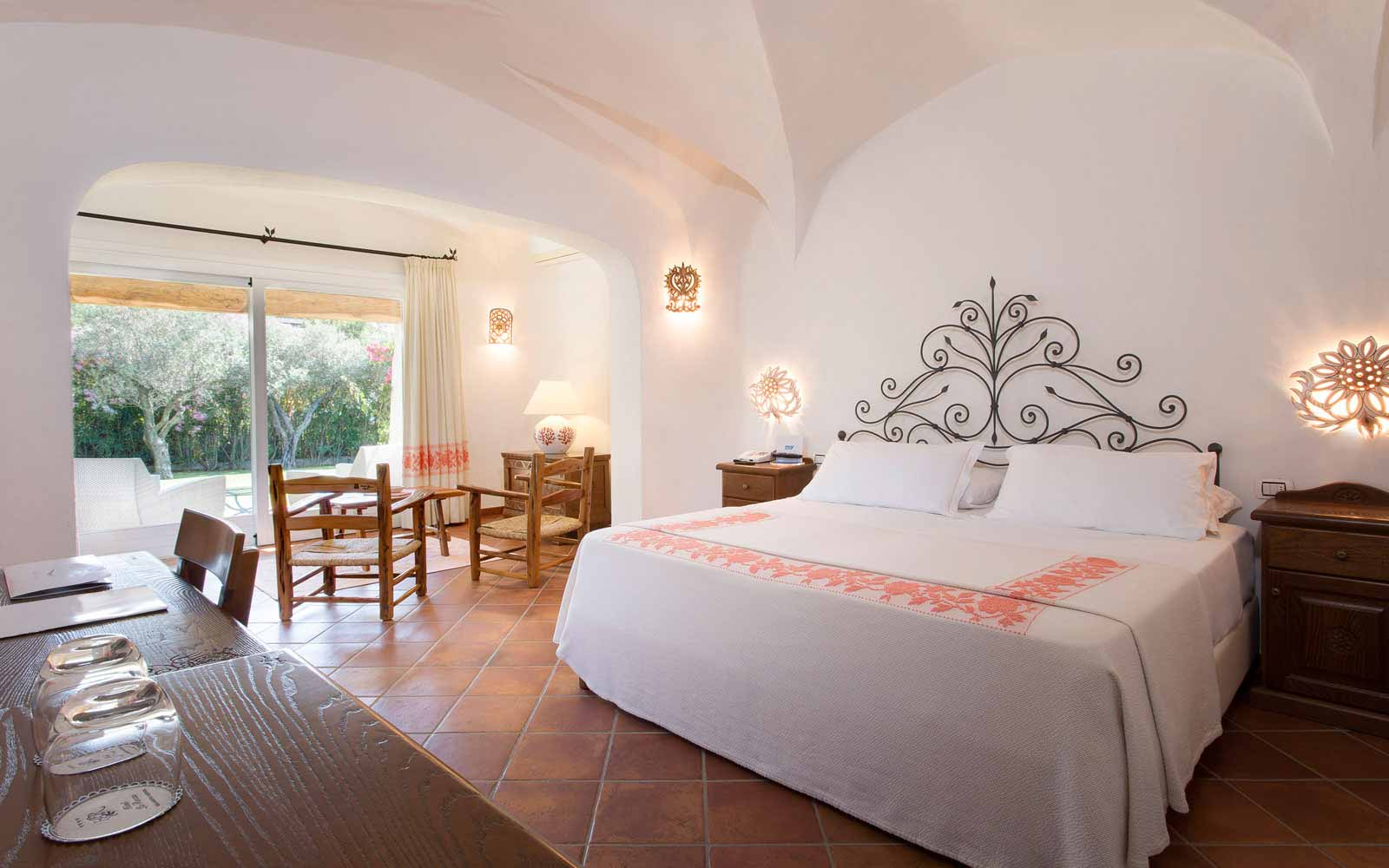 Bedroom at Hotel La Rocca Resort & Spa