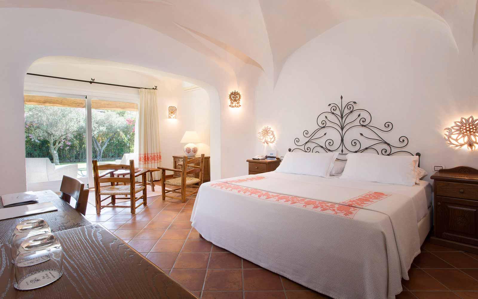 Bedroom at Hotel La Rocca Resort & Spa