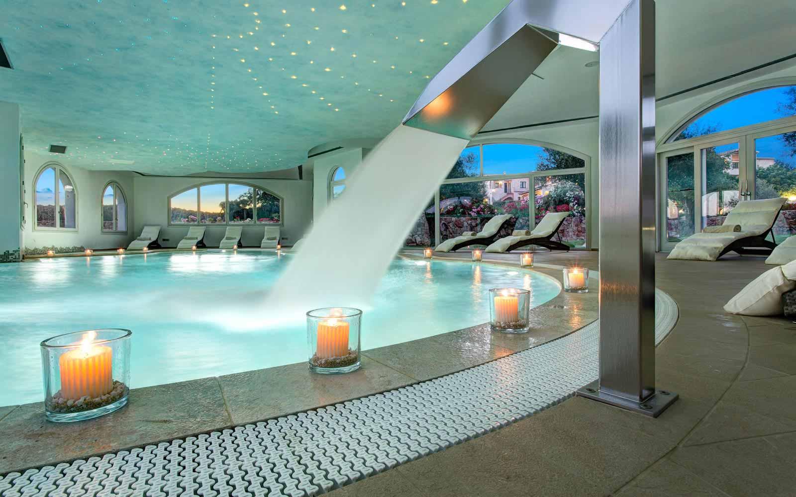 Spa pool at Hotel La Rocca Resort & Spa