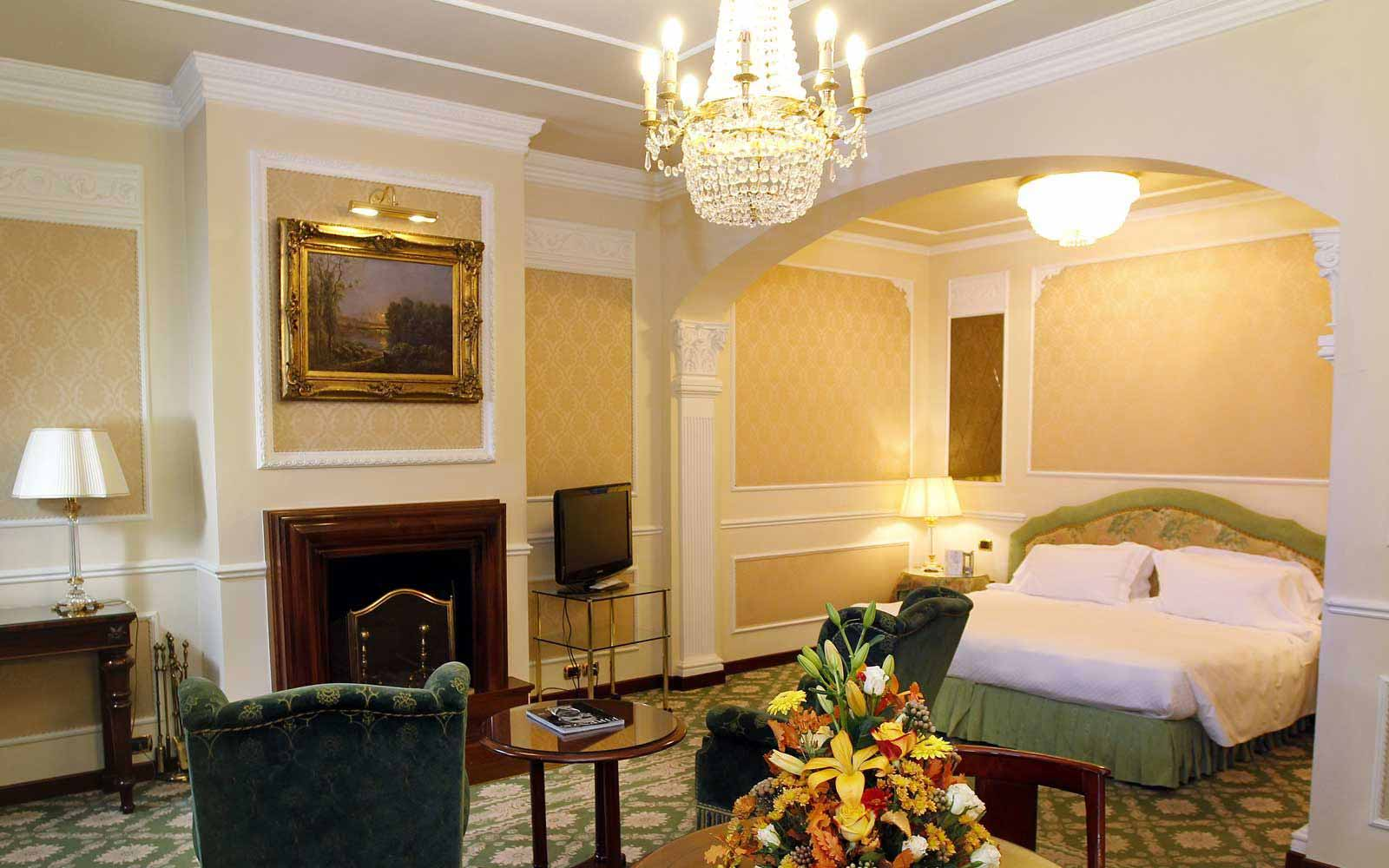 Junior suite at Hotel Bernini Palace