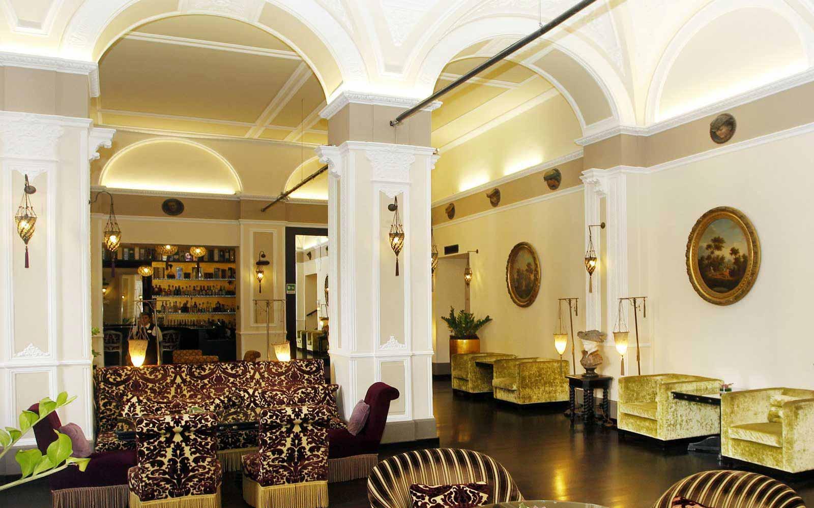 Lounge at Hotel Bernini Palace