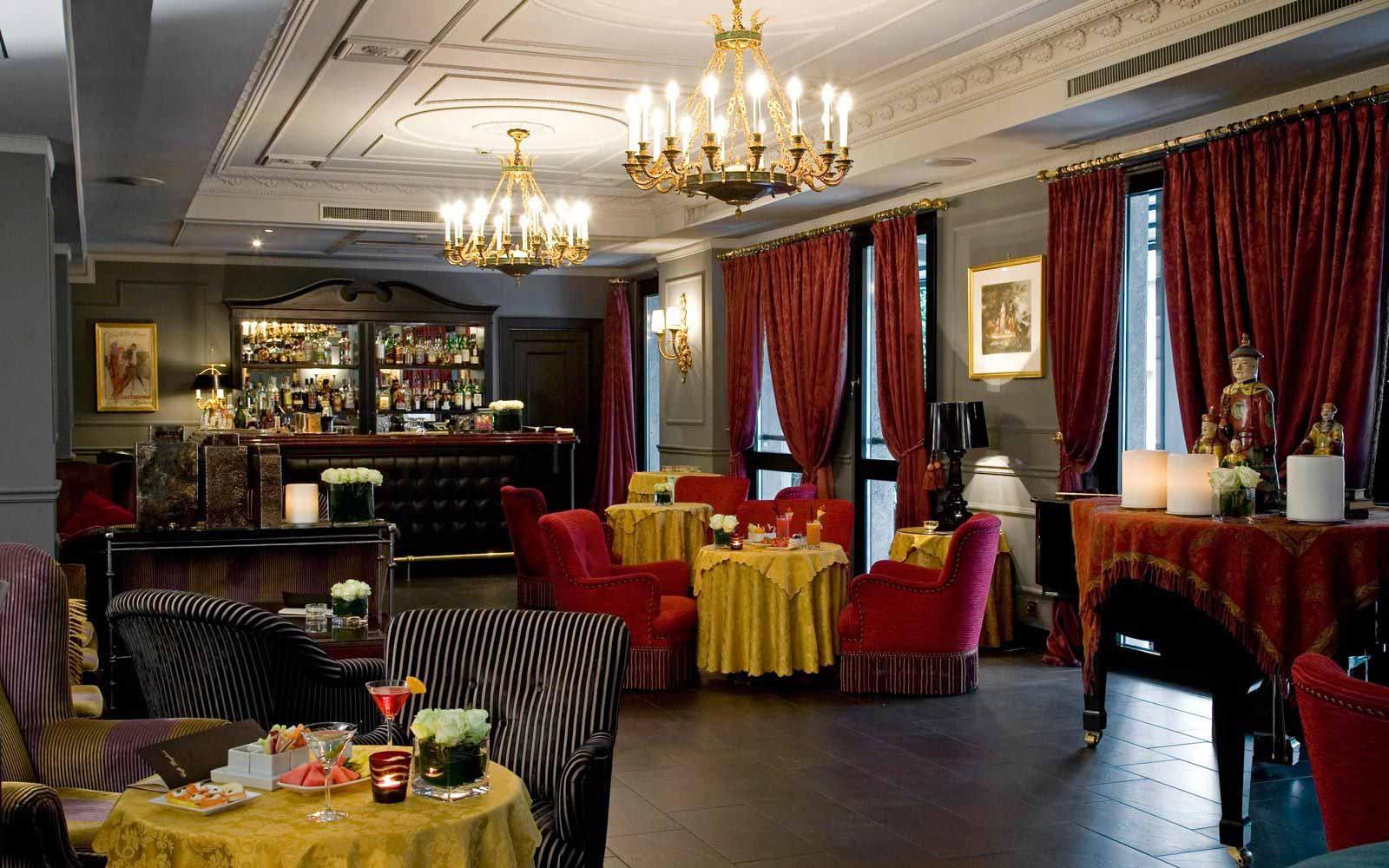 Bar at Carlton Hotel Baglioni