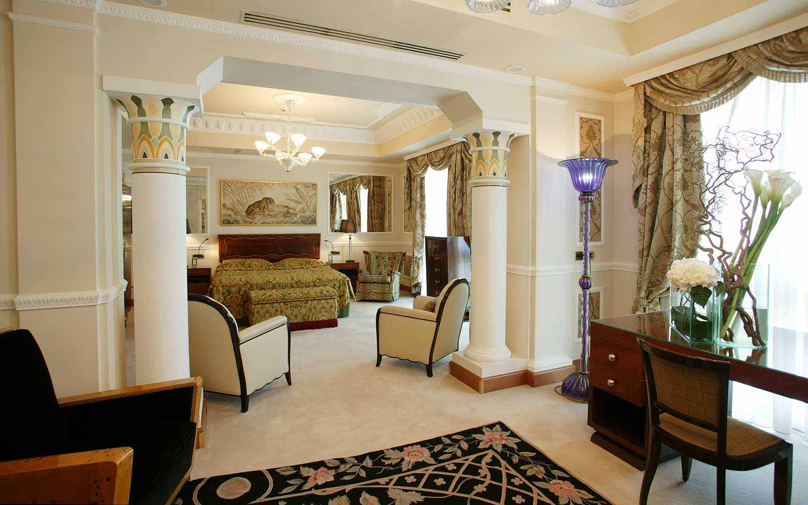 Carlton suite at Carlton Hotel Baglioni