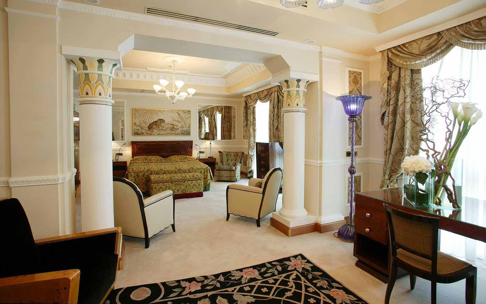 Carlton suite at Carlton Hotel Baglioni