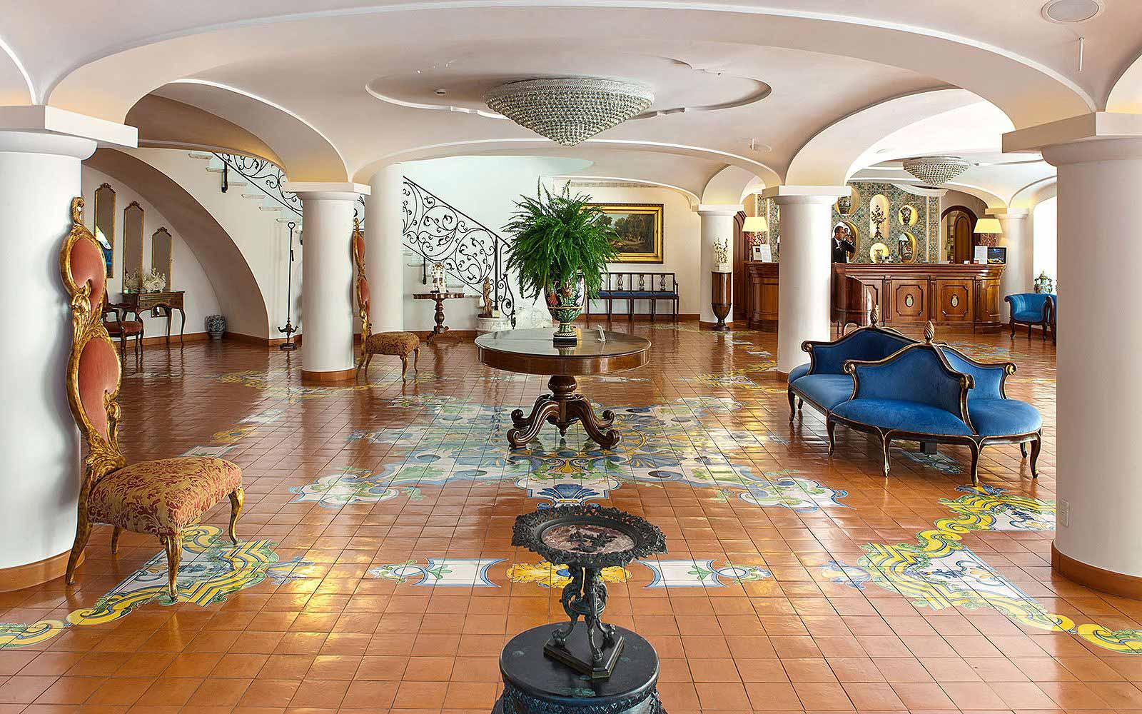 Reception at the Grand Hotel La Favorita