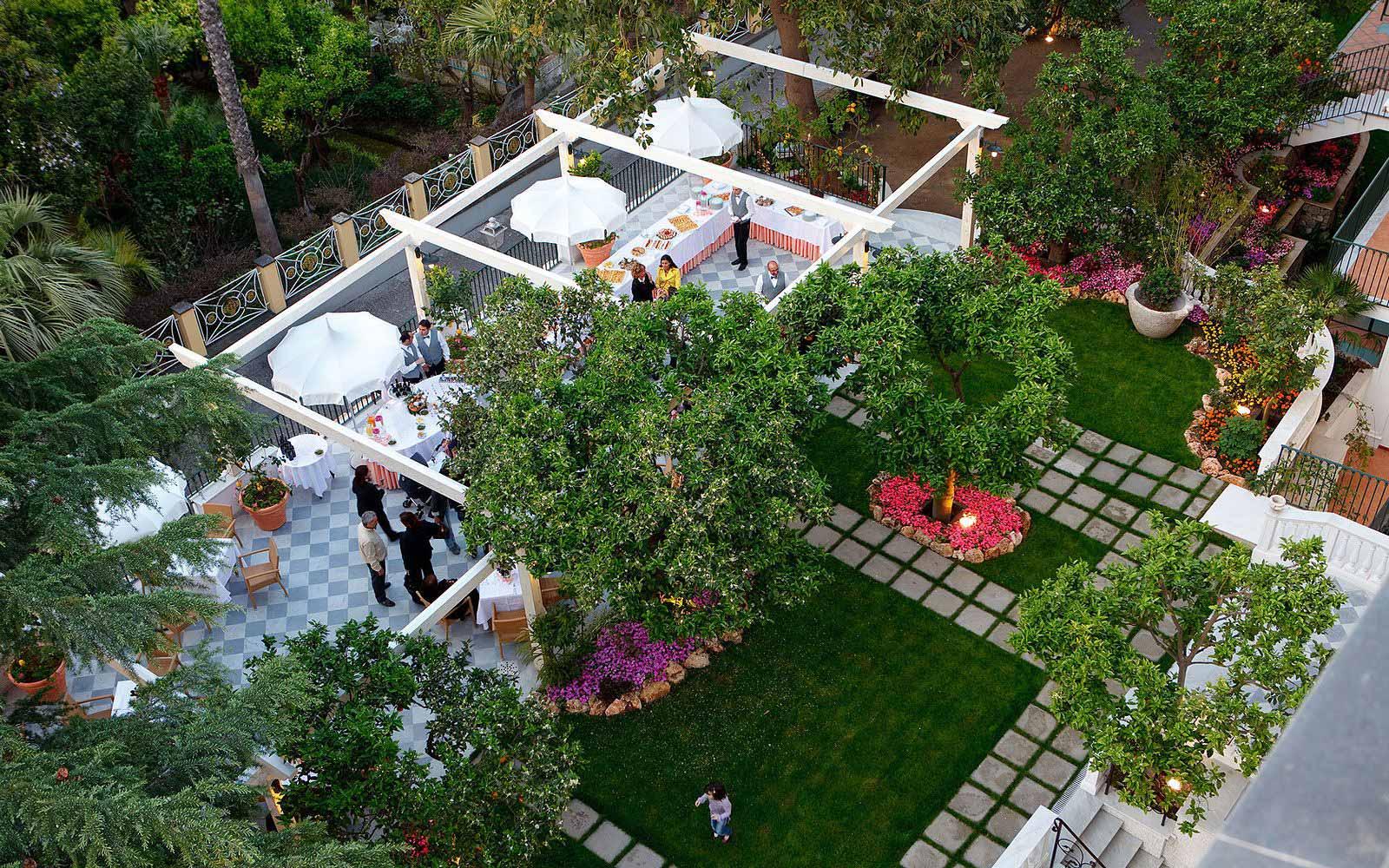 Garden terrace at the Grand Hotel La Favorita
