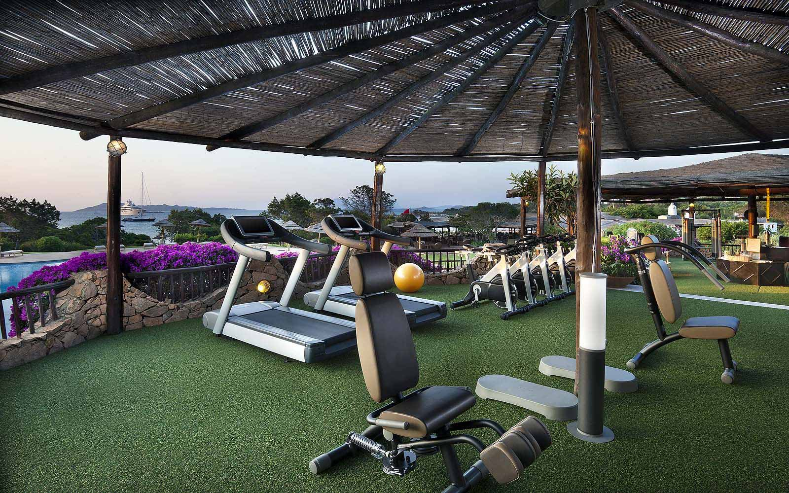 Outdoor gym at the Hotel Romazzino