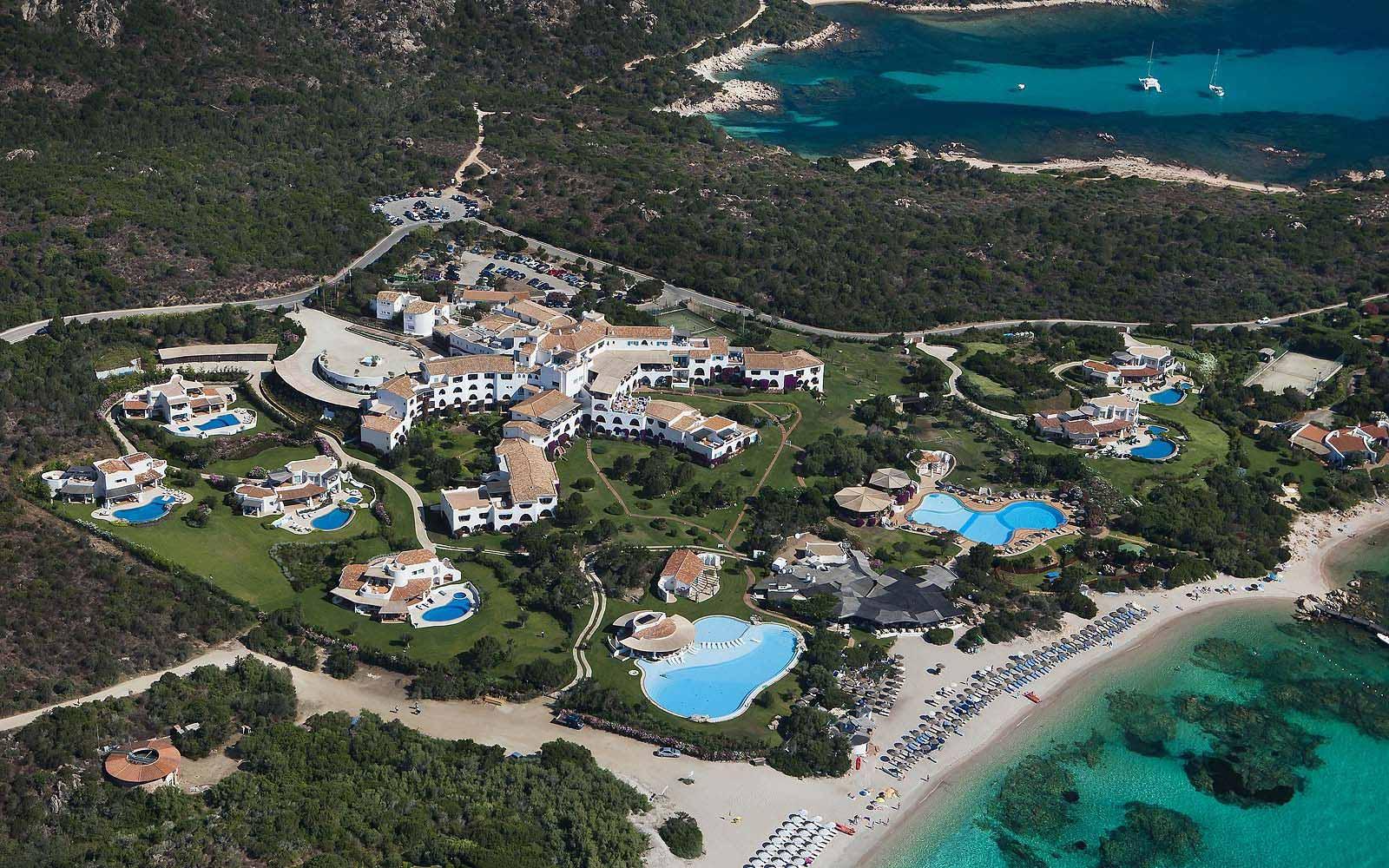 Panoramic view of the Hotel Romazzino