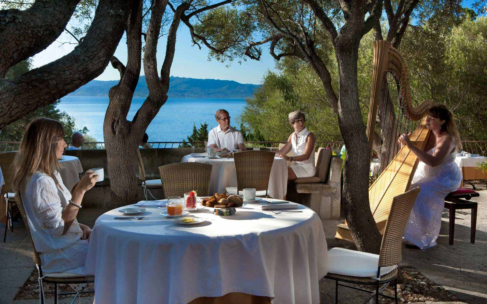 Breakfast at Olivastri at Hotel Capo D'Orso Thalasso & Spa