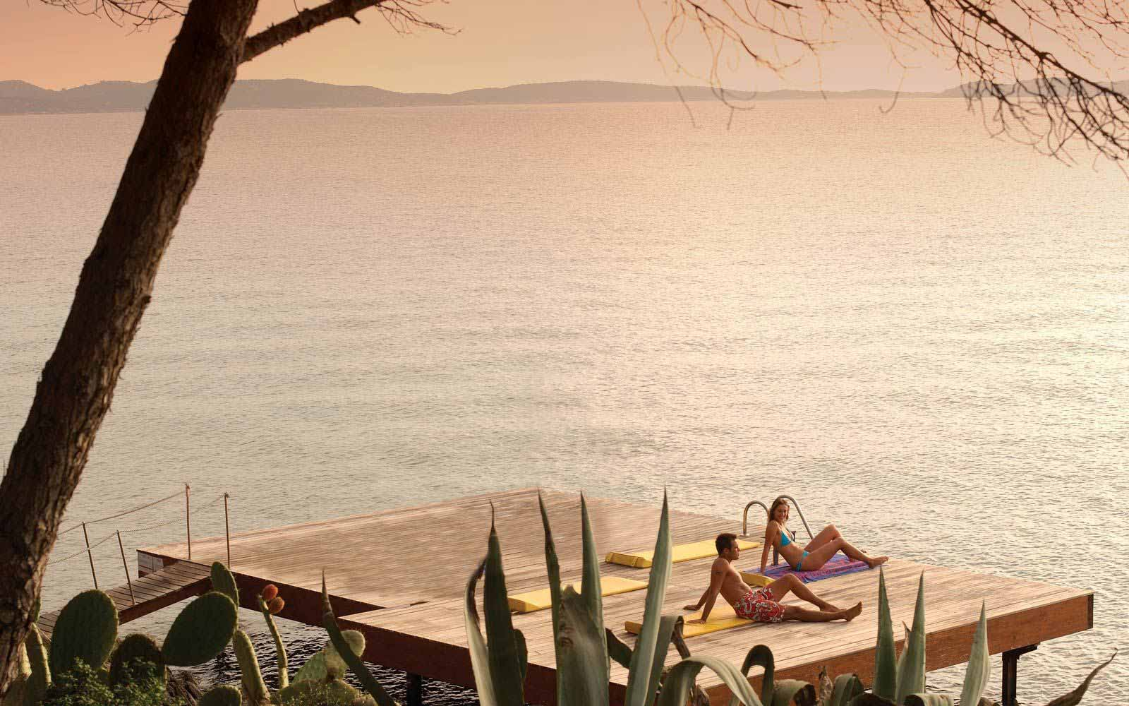 Sunbathing at Hotel Capo D'Orso Thalasso & Spa
