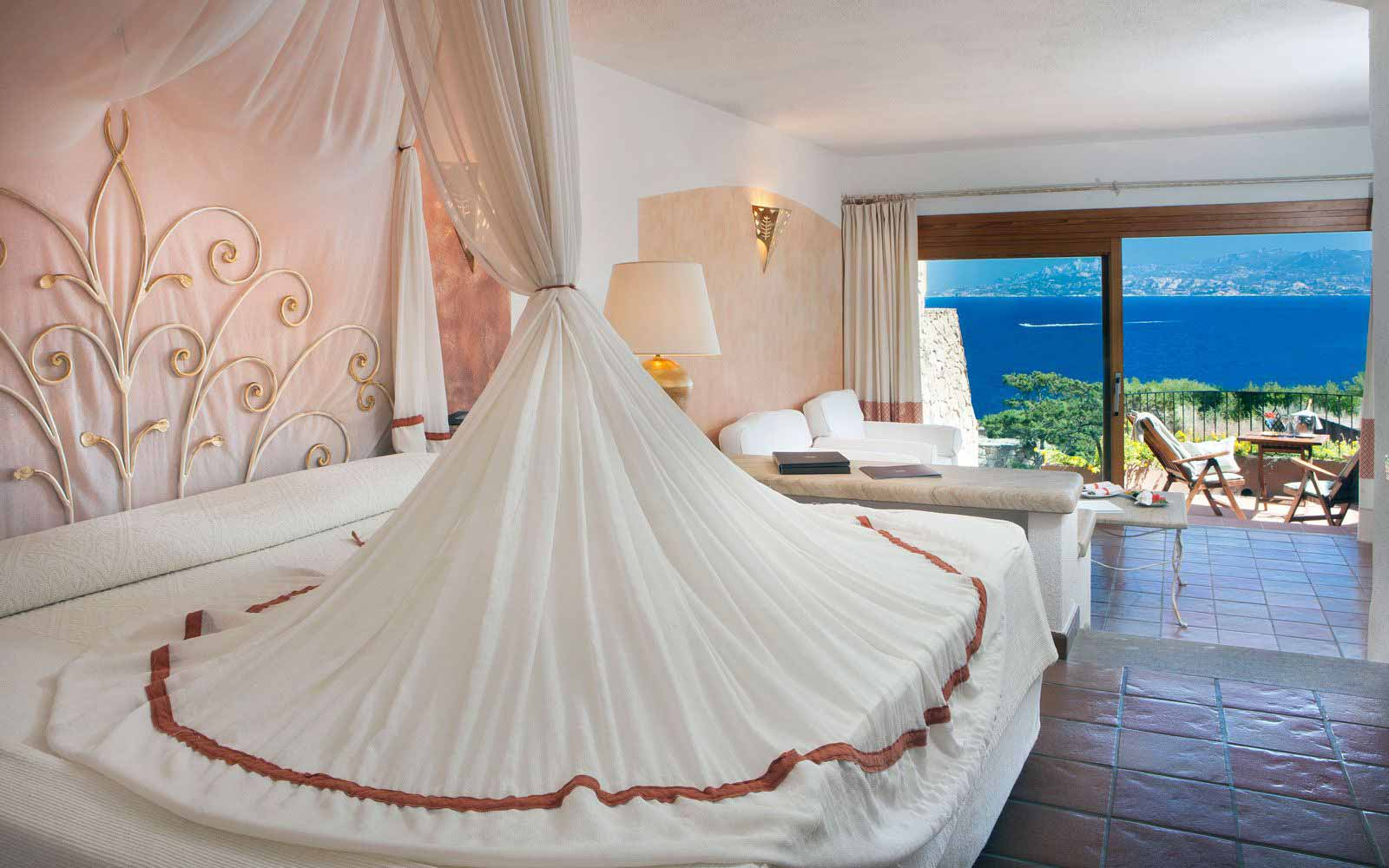 Junior Suite Executive at Hotel Capo D'Orso Thalasso & Spa