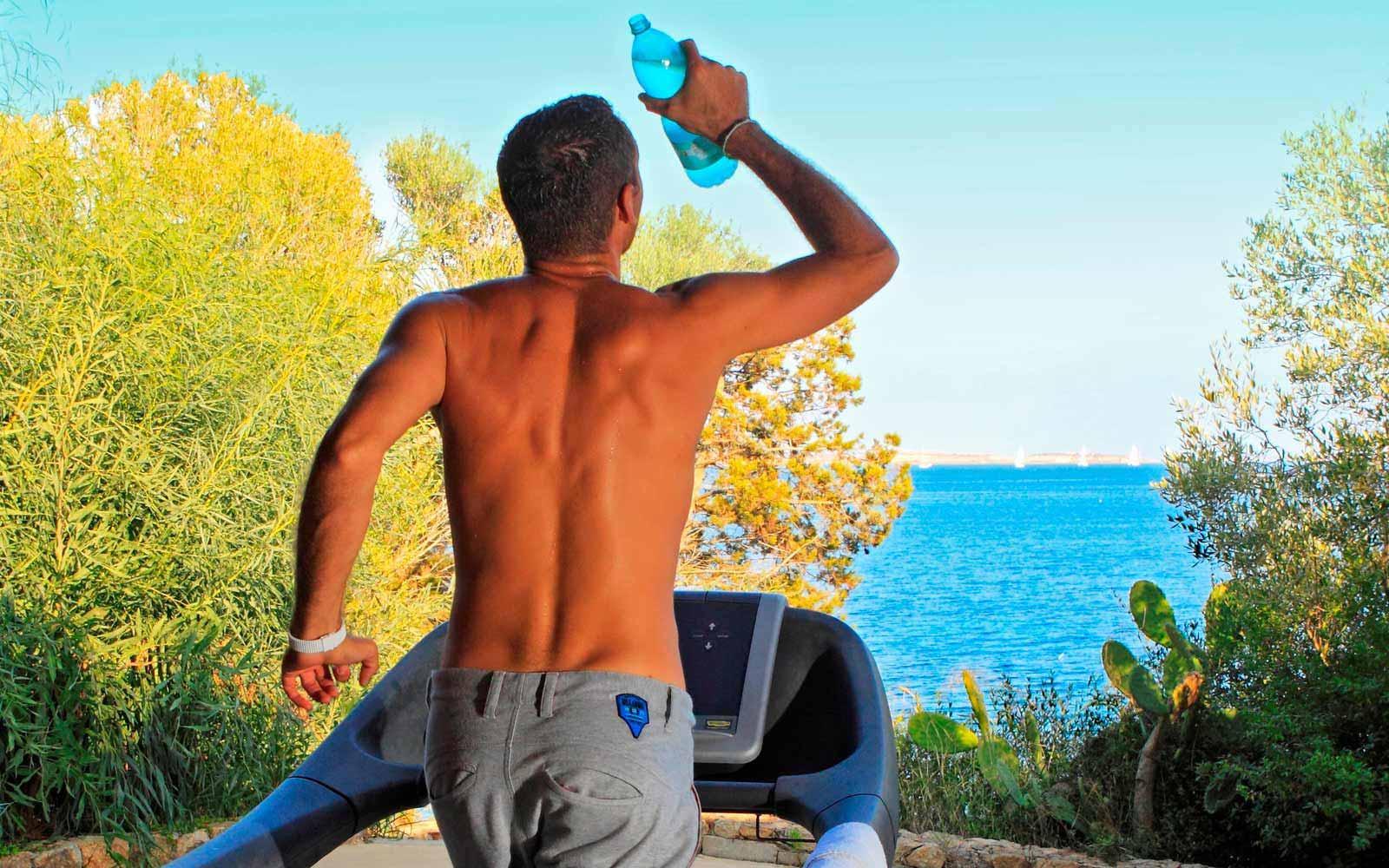 Gym at Hotel Capo D'Orso Thalasso & Spa