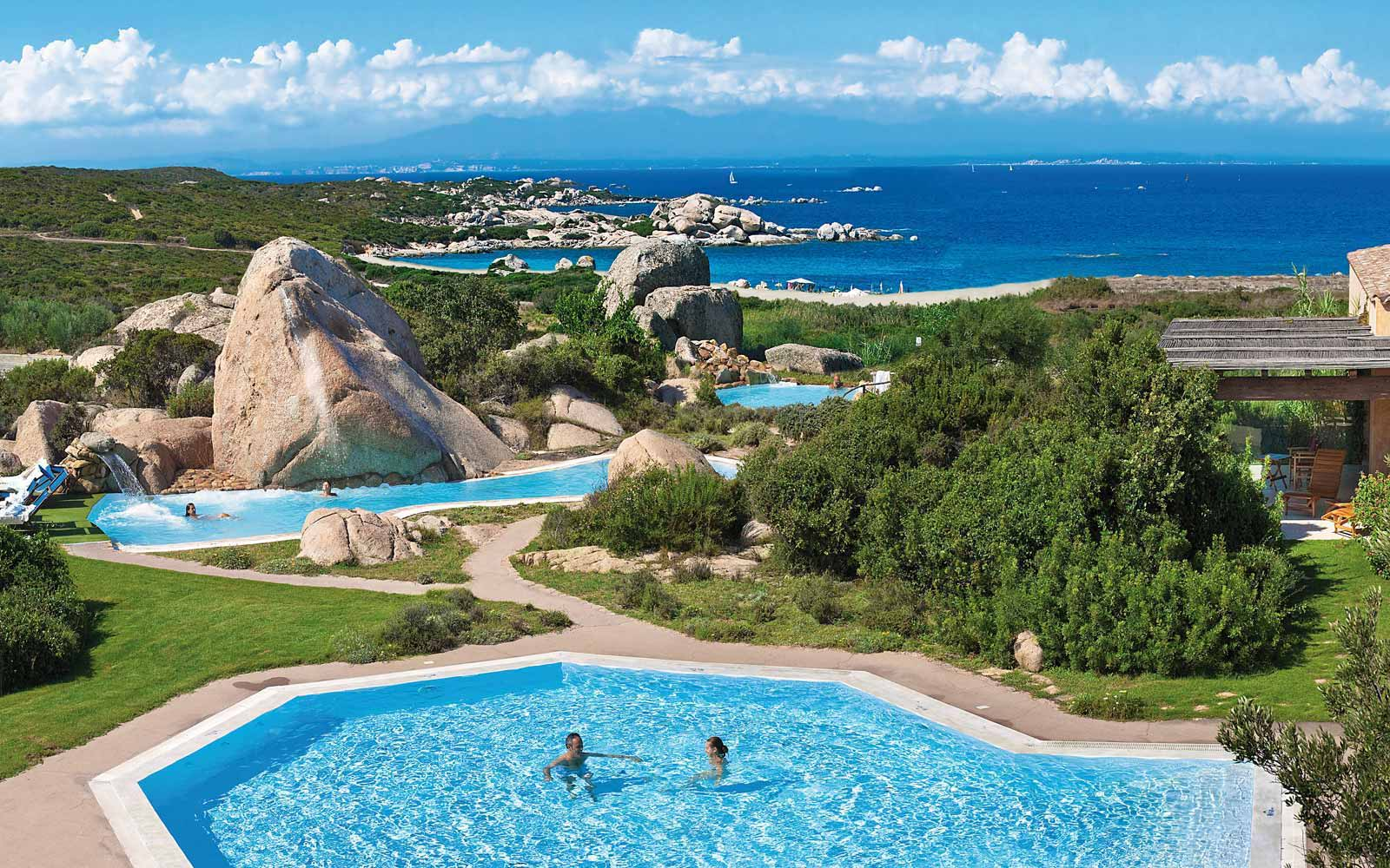 Thalasso pools at Resort Valle Dell'Erica Thalasso & Spa