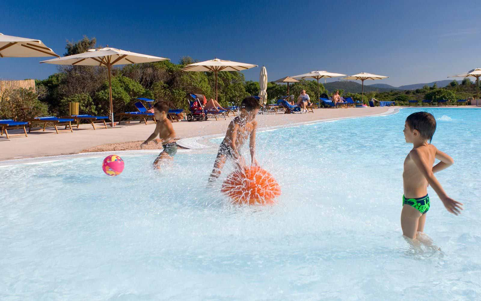 Children entertainment at Resort Valle Dell'Erica Thalasso & Spa