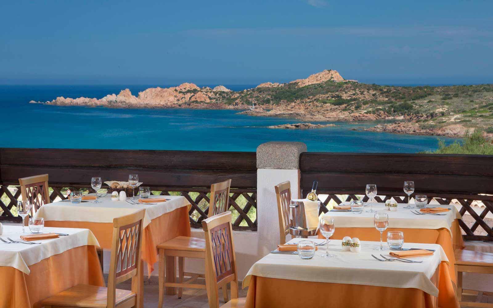 Petra Roja Restaurant at Hotel Marinedda Thalasso & Spa