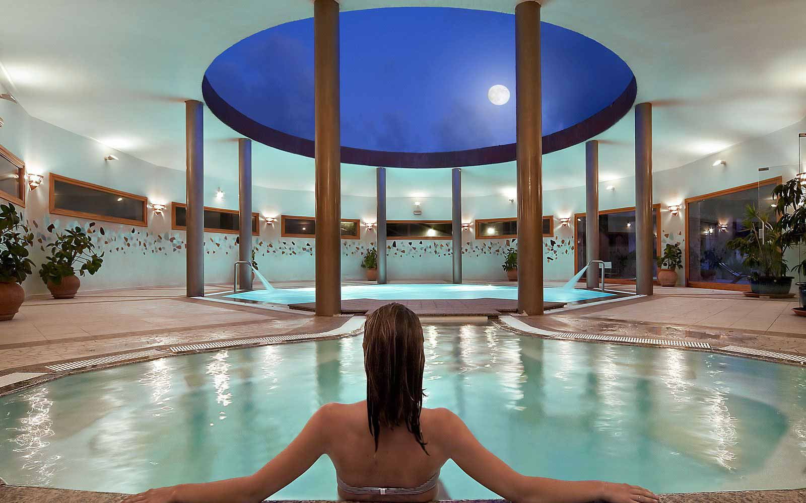 Indoor thalasso at Hotel Marinedda Thalasso & Spa