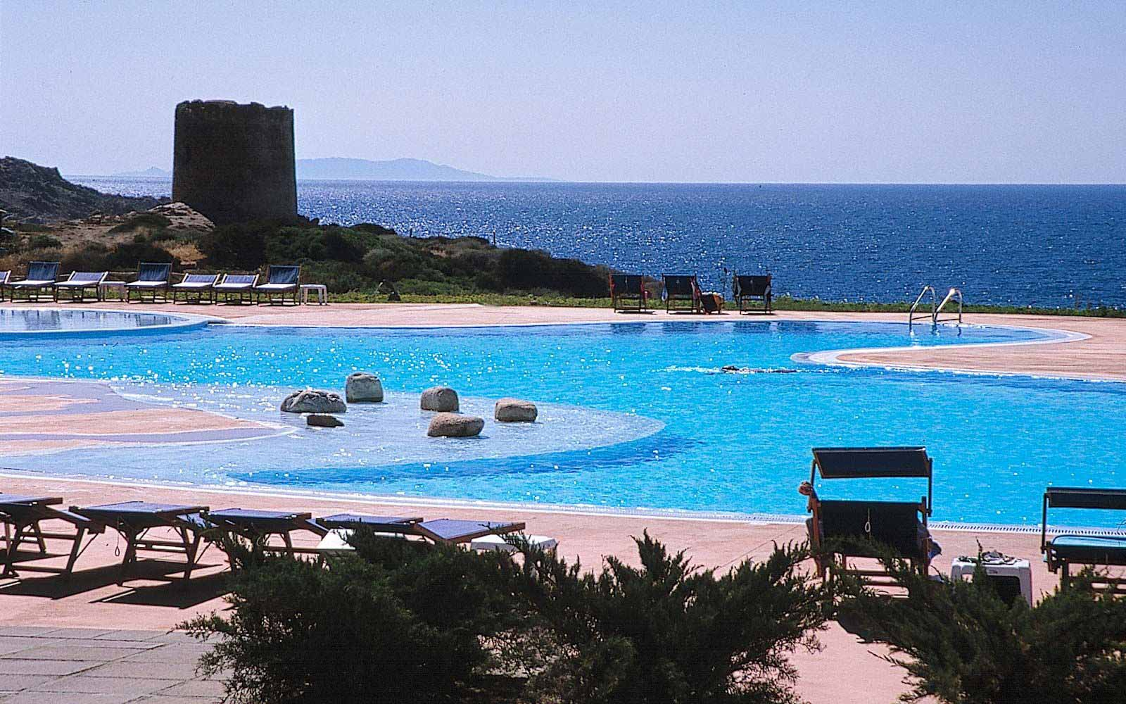 Swimming Pool at Hotel Relax Torreruja Thalasso & Spa