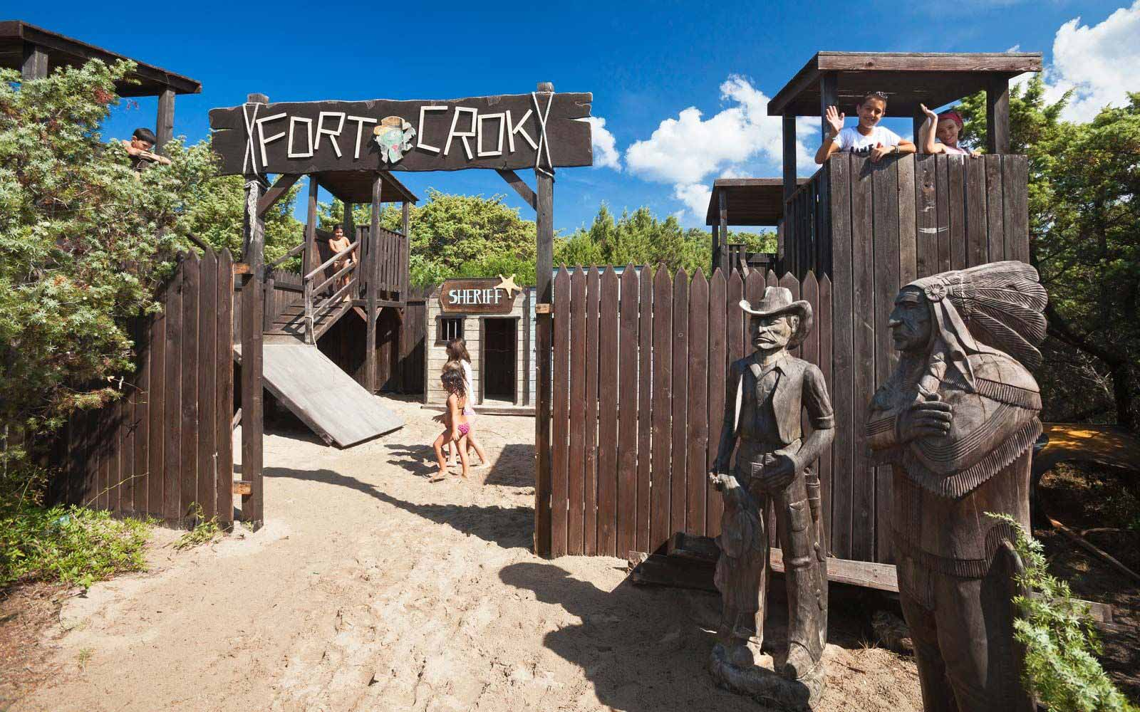 Fort Crock at Resort & Spa Le Dune
