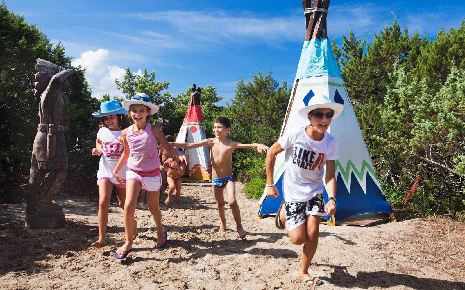Kids entertainment at Resort & Spa Le Dune