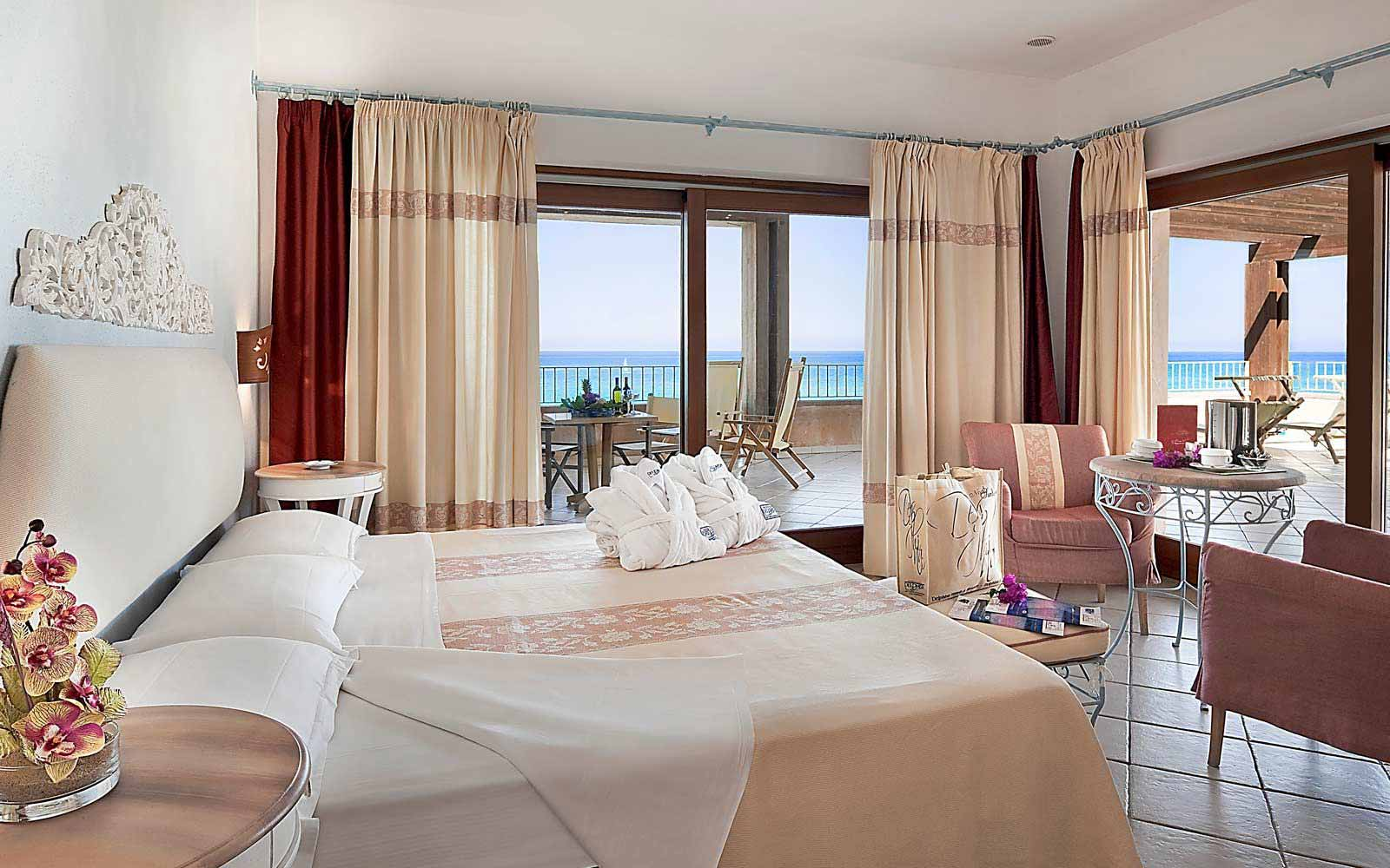 Royal room with sea view at Hotel Duna Bianca