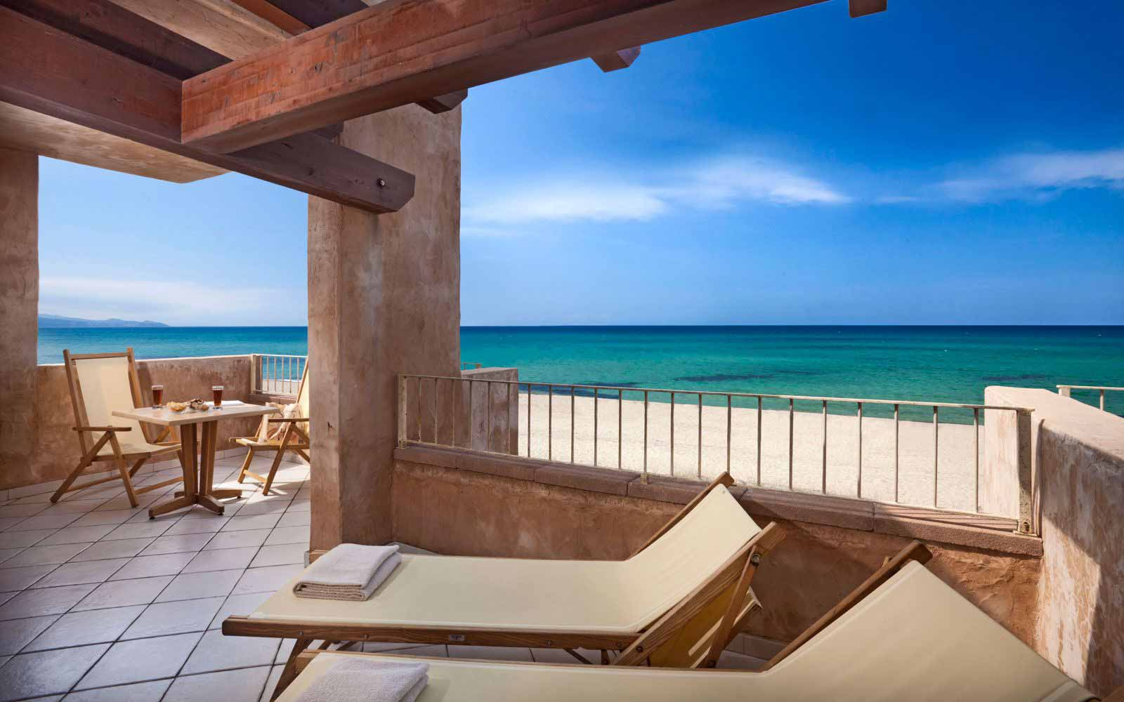 Private terrace in the Royal room at Resort & Spa Le Dune - Hotel La Duna Bianca