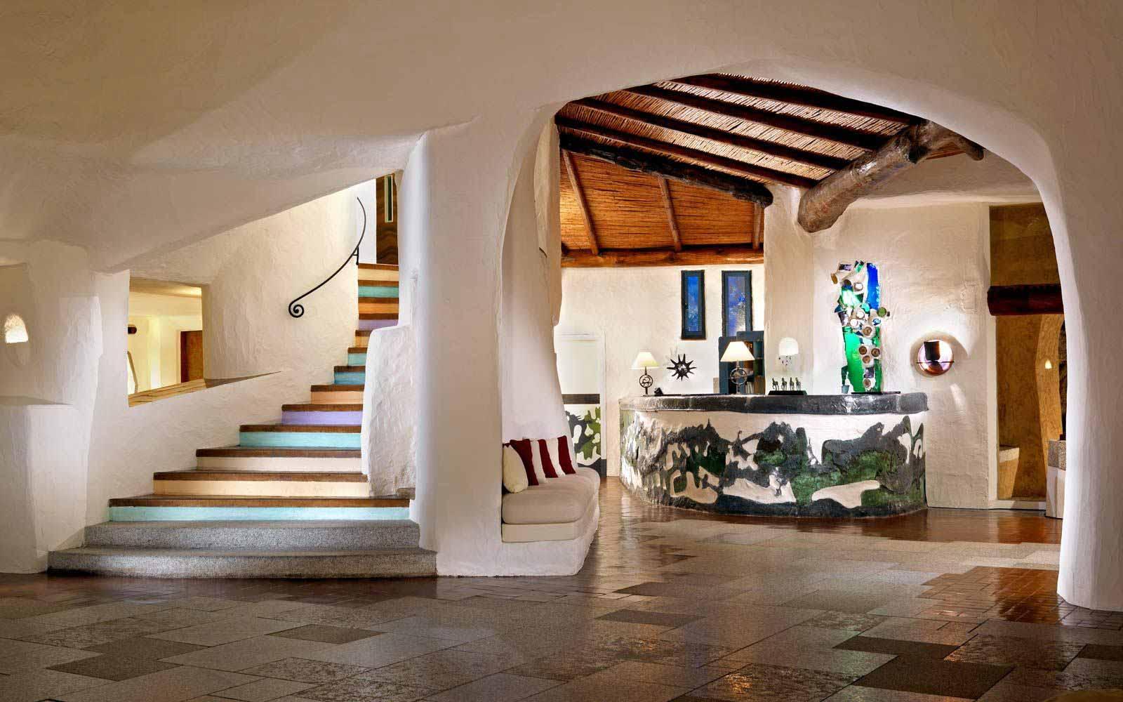 Hotel Cala Di Volpe Costa Smeralda 5* Luxury Beach Resort. Best Western Plus  St. Raphael. Chalet Maretse. The Frangipani Living Arts Hotel And Spa. Verwohnhotel Goies