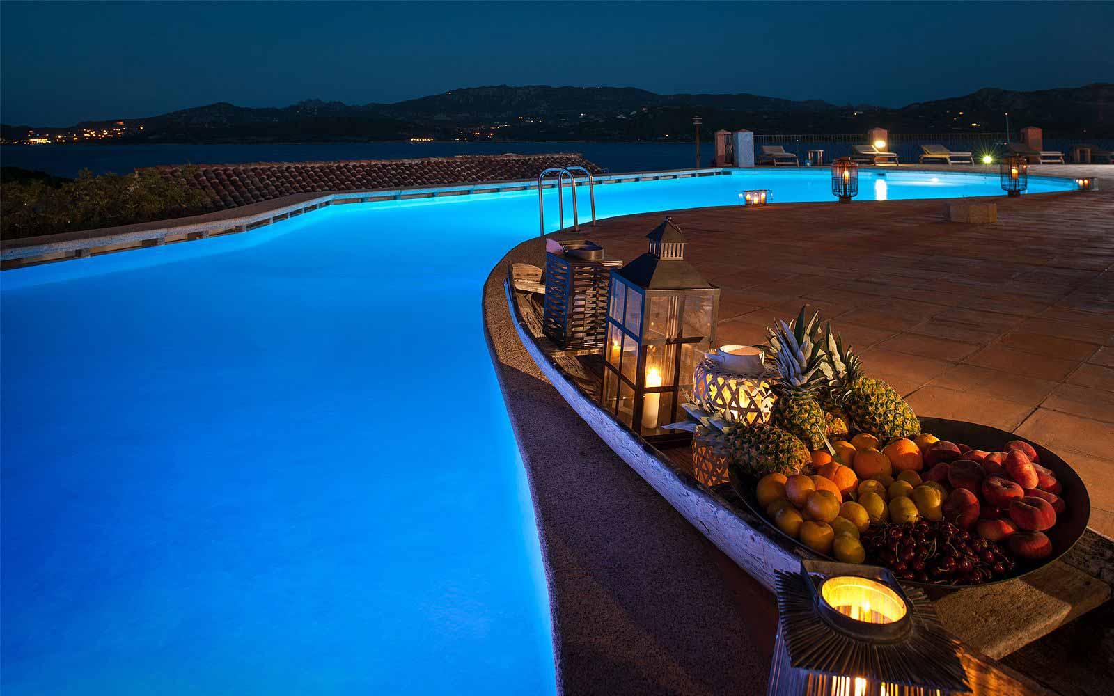 Cocktail lounge at Hotel Relais Villa Del Golfo & Spa