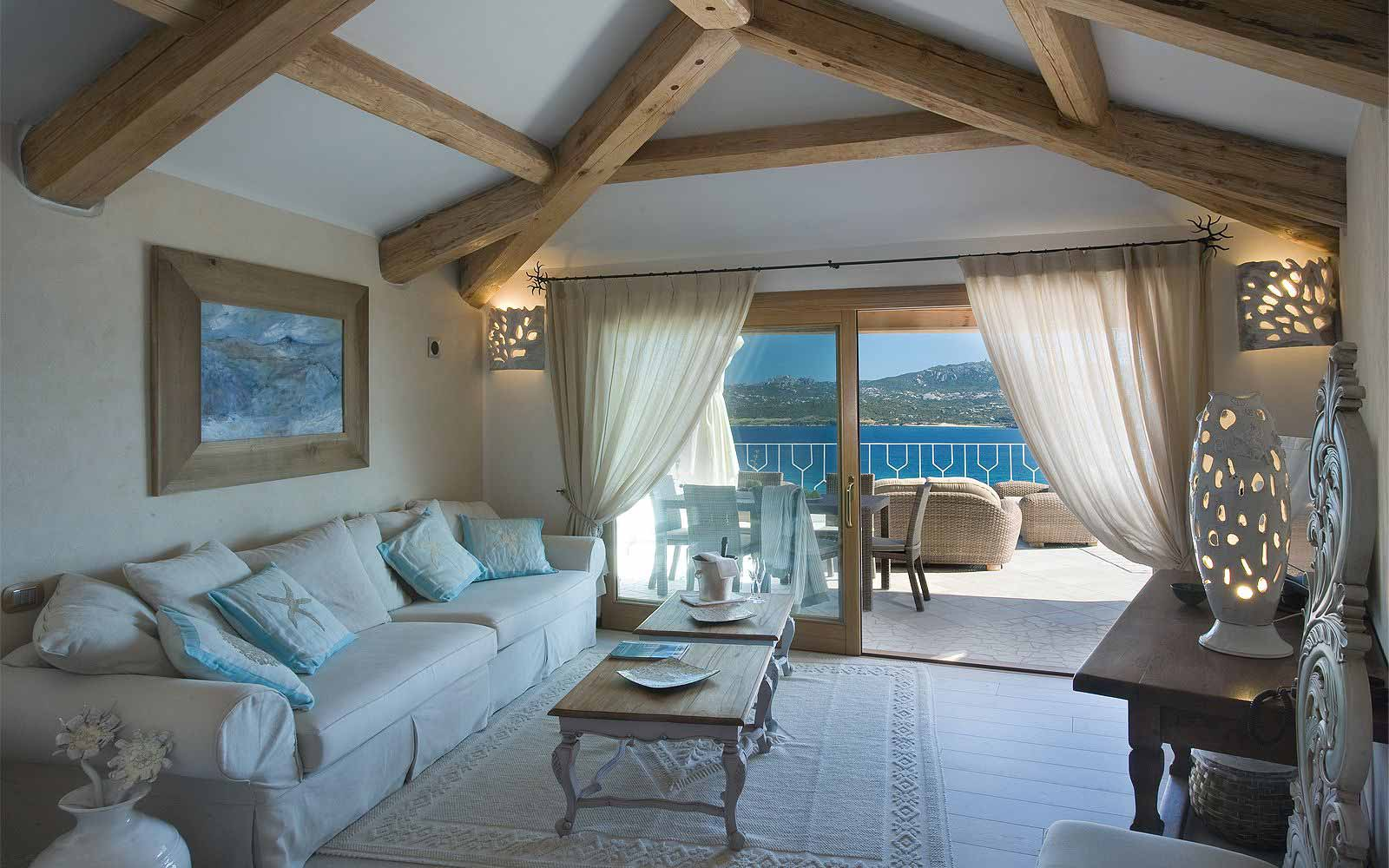 A Luxury Suite at Hotel Relais Villa Del Golfo & Spa